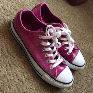 Pink velvet Converse